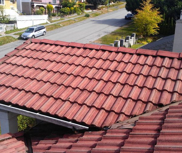 roof-cleaning-after